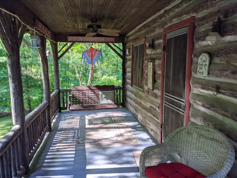 Picturesque cabin close to Long Lake, Waushara Cty