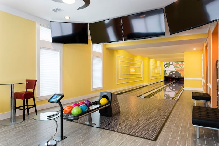 Luxury Villa with Bowling Alley - Four Corners - Casa