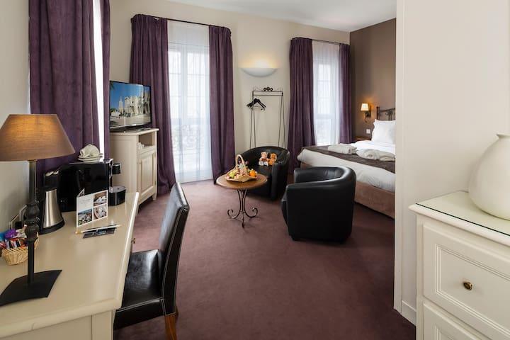 Hotel de l'Horloge, Experience Jr Suite in Avignon