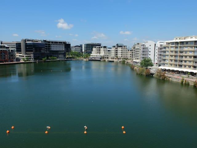 Luxury Waterfront Condo - Tyger Valley