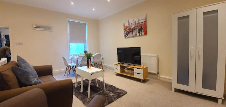 BellaLiving 2 Bedroom Apartment - Luton