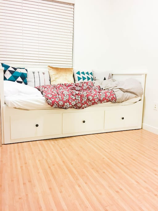 Twin bed folds out into a double/King size bed.