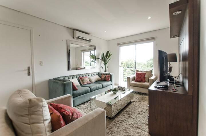 Trendy Barrio Jara Apartment -Two bedrooms + BBQ!