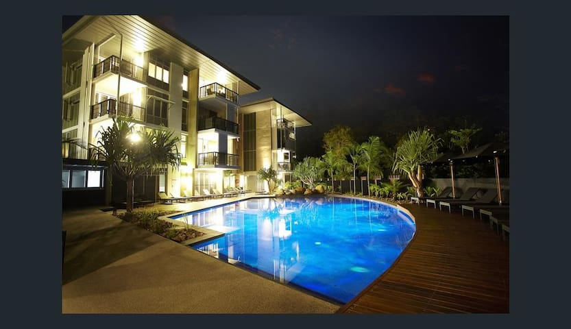 AFFORDABLE LUXURY - 2 BED, 2 BATH APT- OCEAN VIEWS - Noosa Heads - Appartement