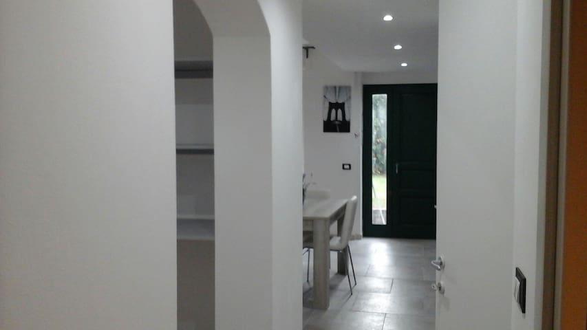 Casa con giardino sul bosco - Montemarcello - Apartmen