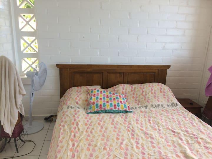 Room with a View Pied dans l'eau Kani Keli