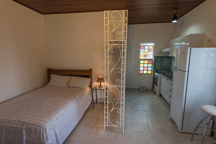 Flat em Residência, Entrada Independente. - Alto Paraíso de Goiás - Serviceret lejlighed