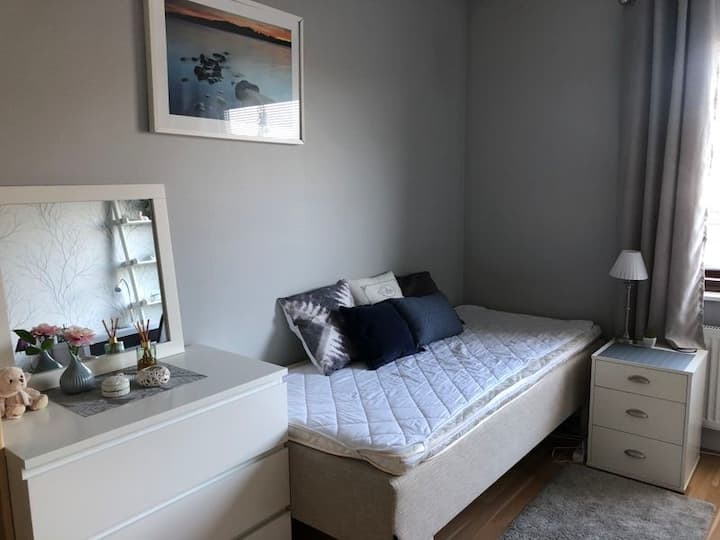 Room with single bed in Falkenberg