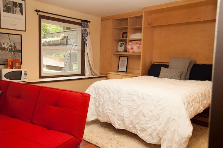 True Neighborhood Experience  - San Francisco - Bed & Breakfast