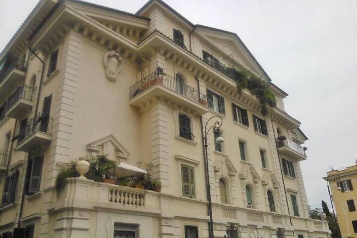 Immagine del palazzo