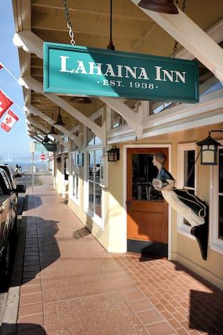 Lahaina Inn, Lahainaluna Room
