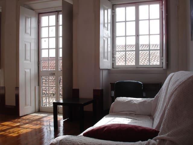 HM  GUESTHOUSE - Montemor-o-Velho - Haus