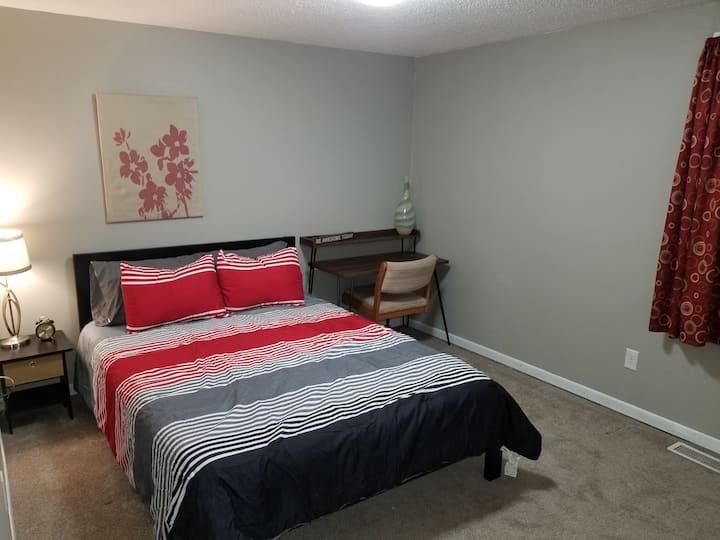 3 bedroom apartment in hip northeast Minneapolis!