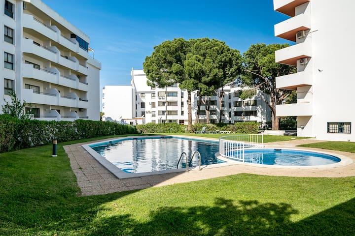 Pommel Studio, Vilamoura, Algarve
