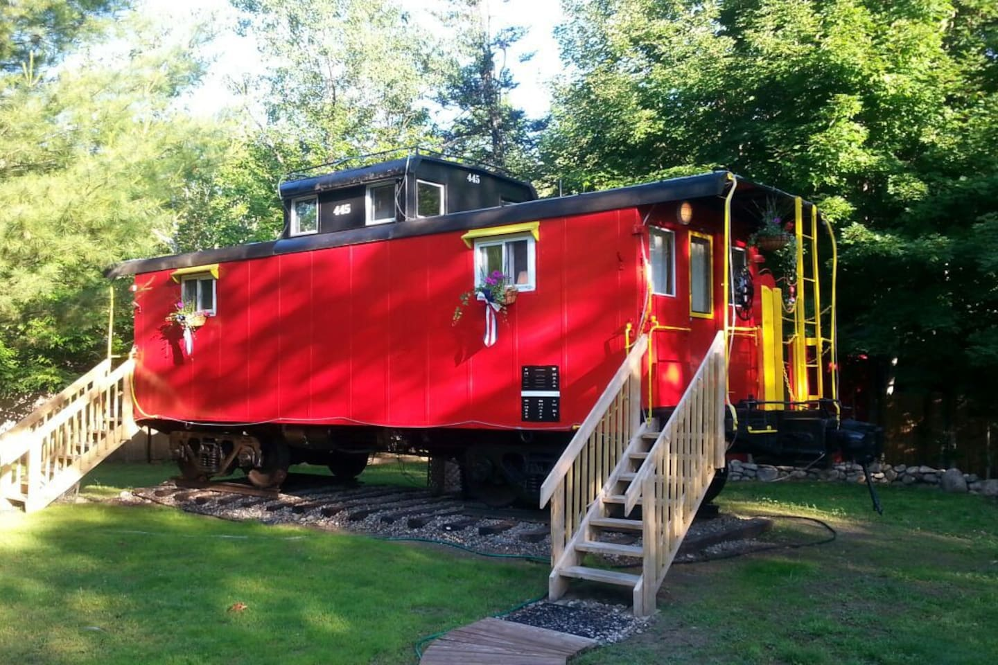 the lil u0027 red caboose trains for rent in lincoln new
