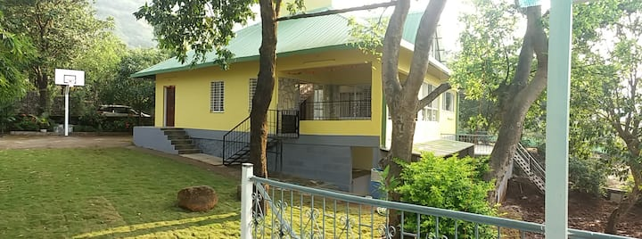 Bungalow with Valley view -in Girivan near Pune
