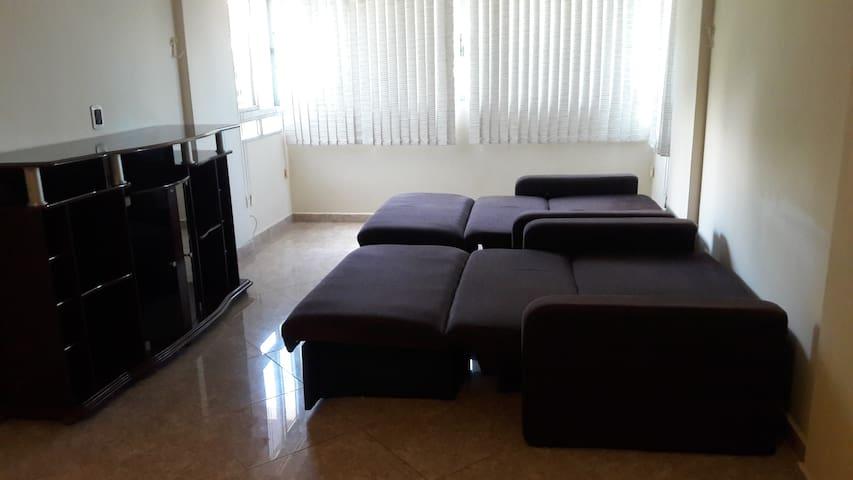 Sala de estar, sofas abertos