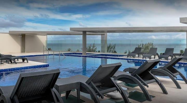 Moderno y seguro depa de lujo en la Riviera Maya
