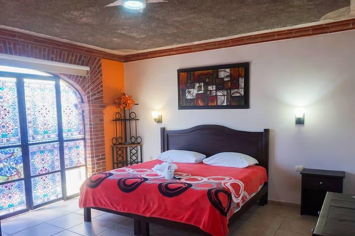 #09 Hotel Sueño Maya, small balcony