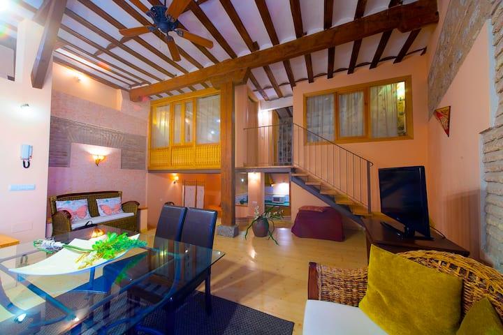 CASA DE LA MEZQUITA. Charming Apartment