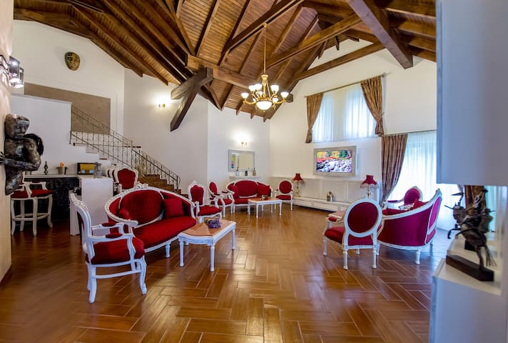 Princess of Transylvania - Boutique Villa - Sinaia