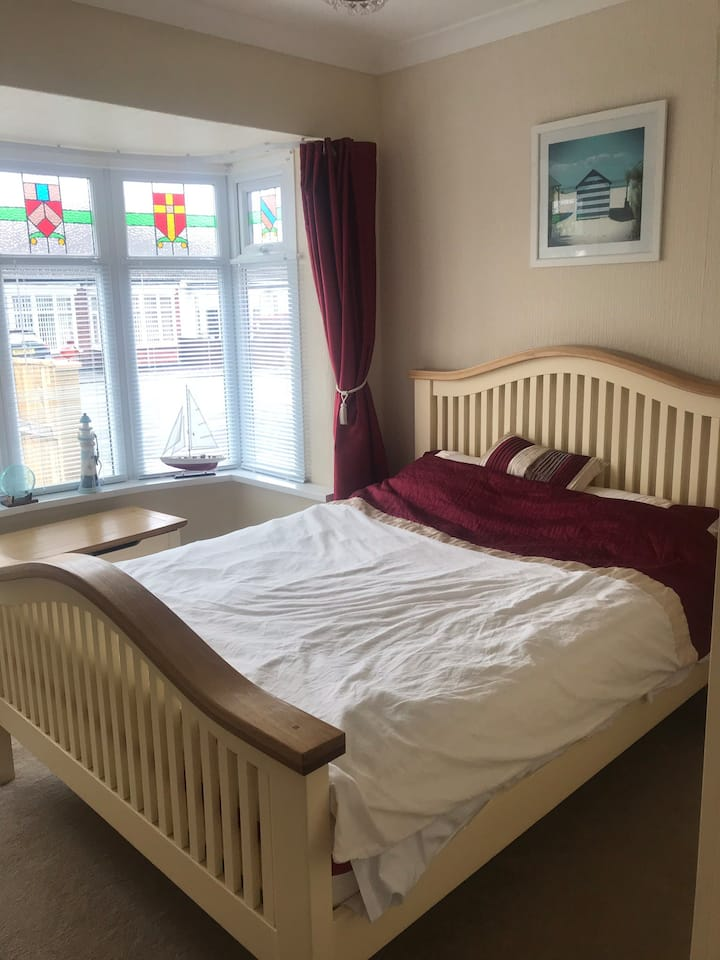 Room to rent, quiet area,Redcar Bungalow