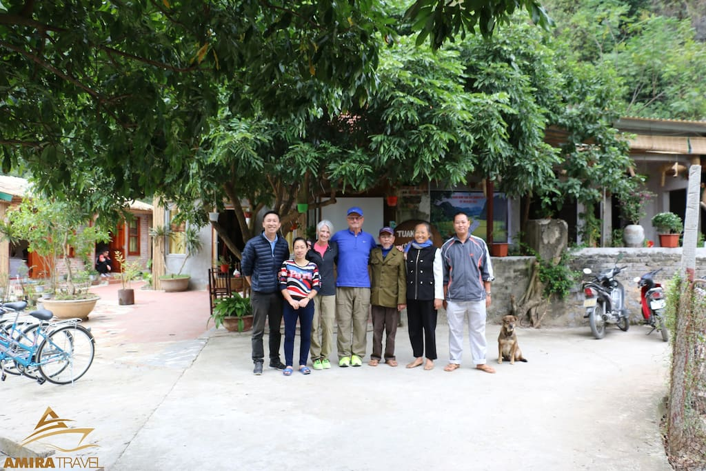 Hung's family