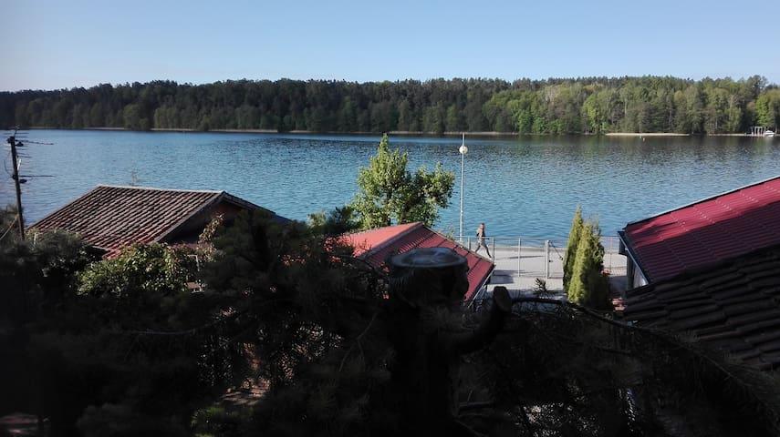 Pokój na jezioro