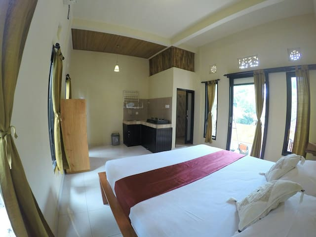Budget Room With Aircon and Kitchen In Ubud