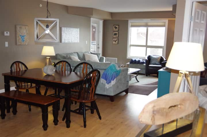 *417 Beautiful and Spacious 3 Bedroom Condo