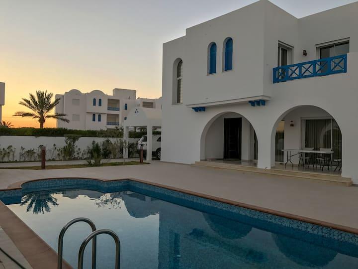 Villa avec piscine à Djerba / Villa with pool