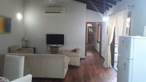 Apartamento en planta alta, Luque zona centro