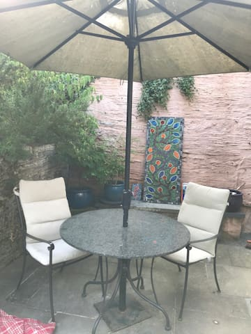 Outside table & chairs.