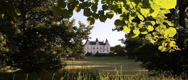 Gîtes grande capacité au Château des Termelles