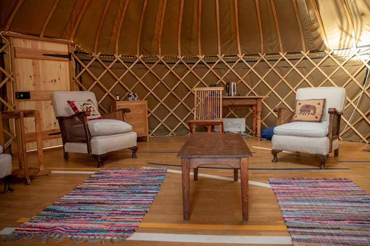Shire Farm Yurt Village - Nanael Yurt Sleeps 1
