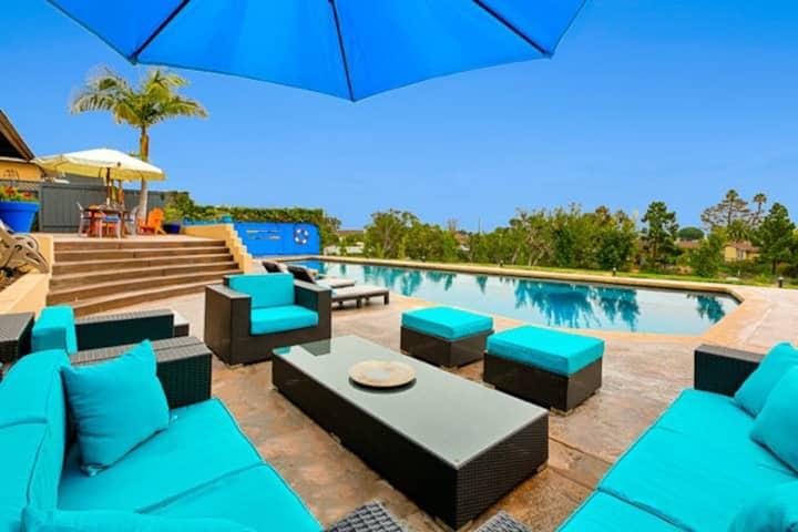 Soledad Blue Luxury 4 Bedroom 3.5 Bath Heated Pool