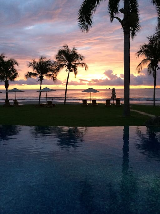 Amazing Sunsets occur nightly along Costa Rica's Pacific Coast