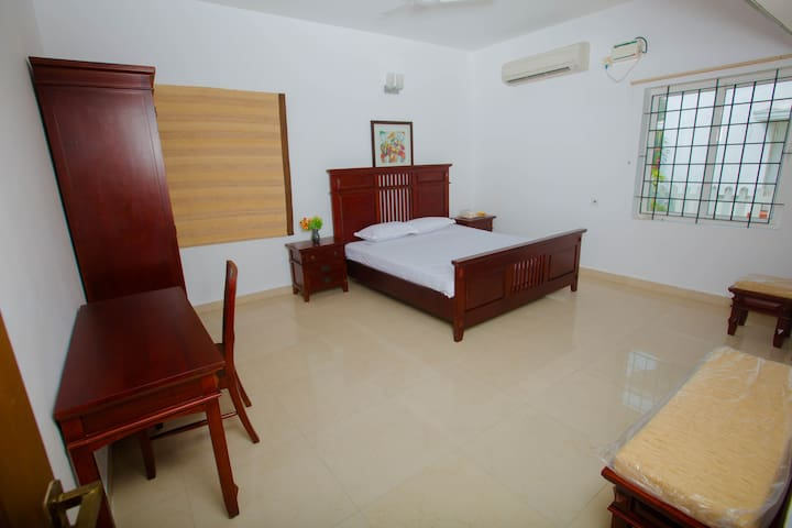 Beautifully furnished big bed rooms