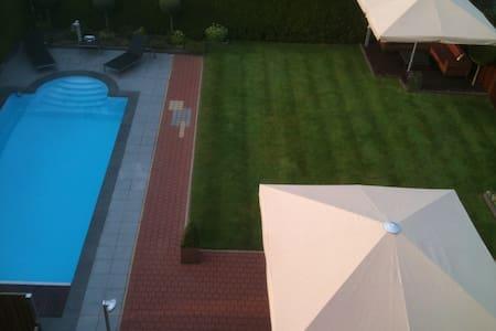 Golfen & Zwemmen - Dronten - Talo