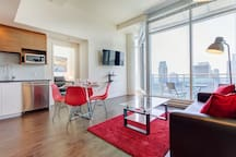 3505 V · SUPERIOR CONDOMINIUM WITH GREAT CITY VIEWS