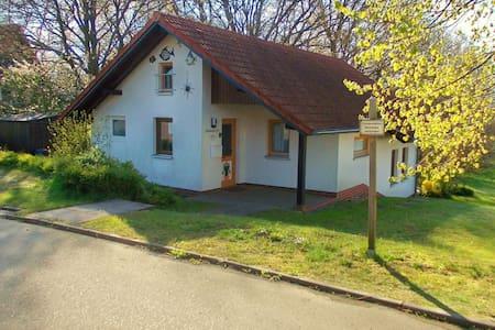 Casa de vacaciones luminosa cerca del centro de la ciudad en Marlow