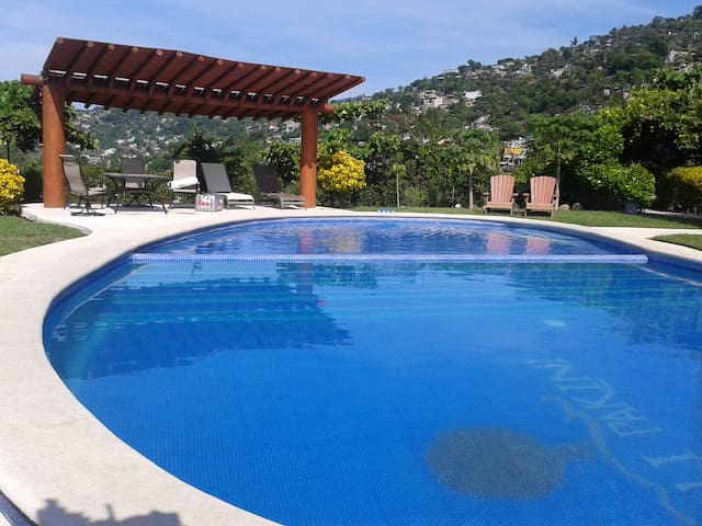 Fully equipped apt. 2rooms, pool. - Zihuatanejo - Apartment