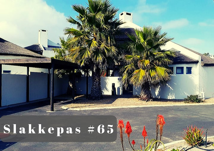 Slakkepas #65 = Comfort + Cosy + Sea and Sand