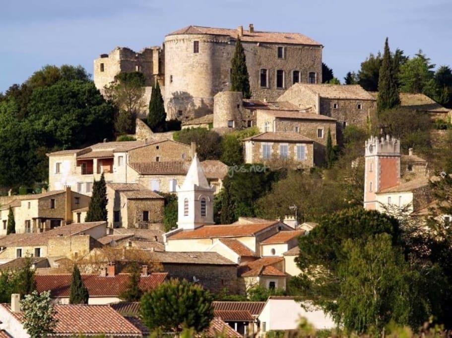 Village de Vénéjan