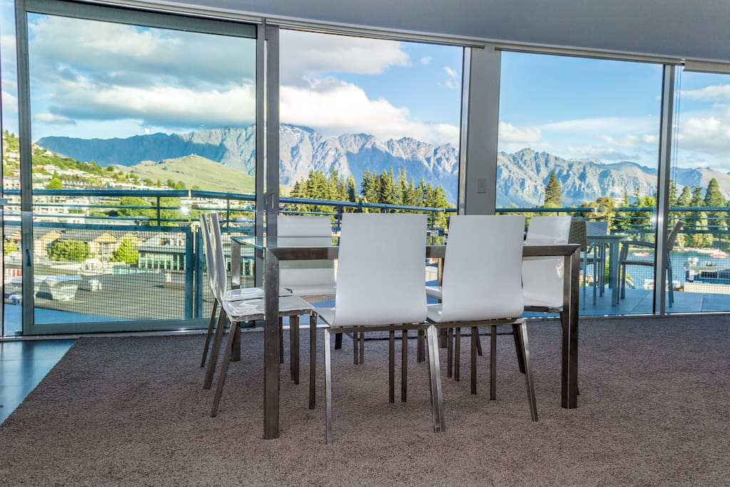 Dining Area & Lounge - views of town, Lake Wakatipu, The Remarkables Mountains