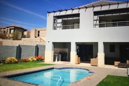 Stunning home in secure estate - Johannesburg
