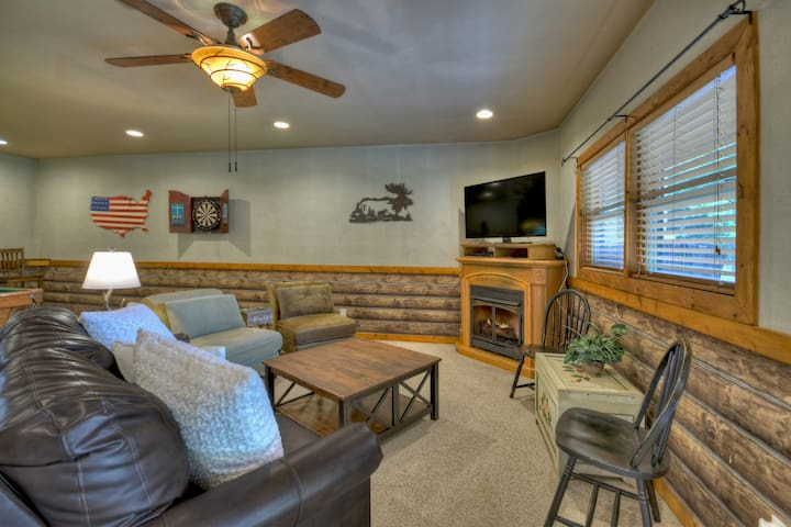 Large lower level den and game room. Sleeper couch with gelfoam mattress