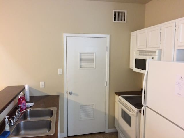 Entire Place College Station - Bryan - Apartment