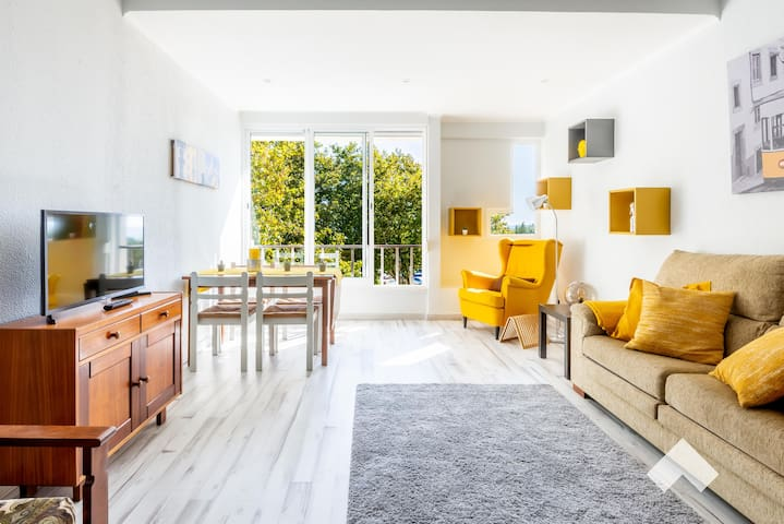 Carcavelos Exquisite Retreat • Near the Beach