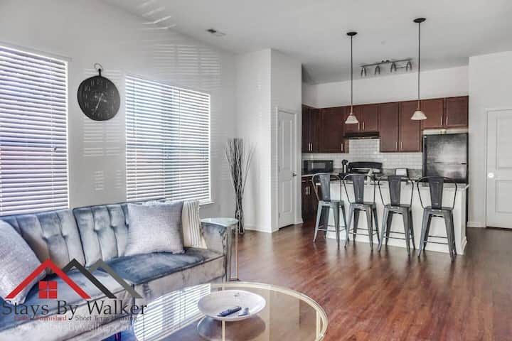 ❤️ Park Rd 1BR Condo ★ King Bed ★ ADA ★ Patio (900 SqFt)